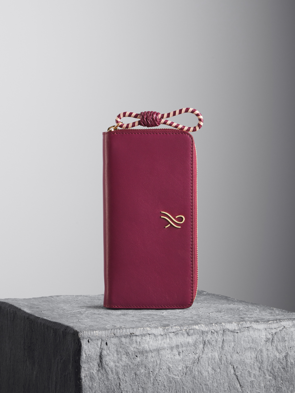 Oxblood Leather Wallet with oxblood and nude woven puller Illicia
